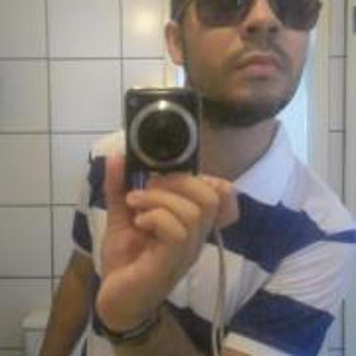Emanuel Portela's avatar