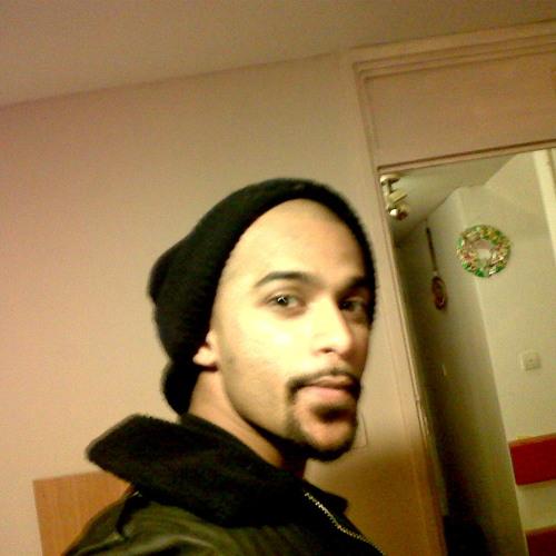gladson1's avatar