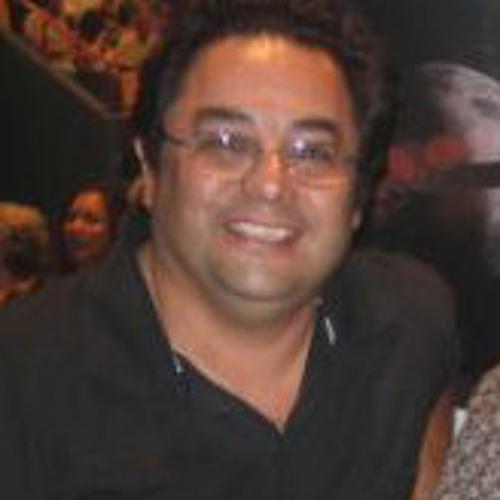 Luis Cristia's avatar