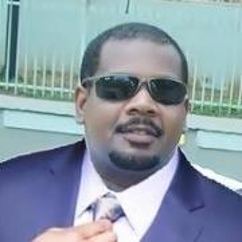 Luis Claudio 4's avatar