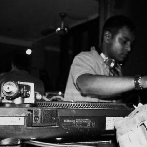 DJ OMZ's avatar