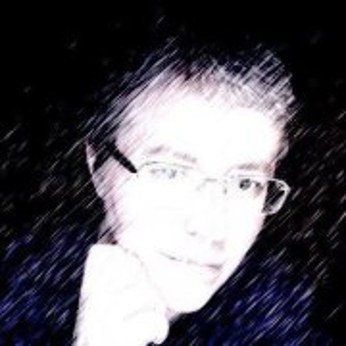Clara Esposito's avatar