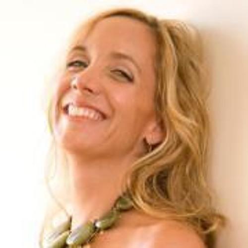 Alexis Vear's avatar