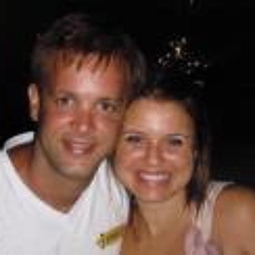 Leo Tavares's avatar