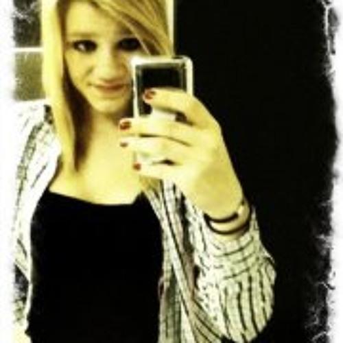 Brooke Avery's avatar