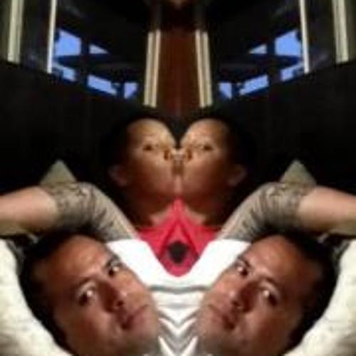 P3T3Rs3N's avatar