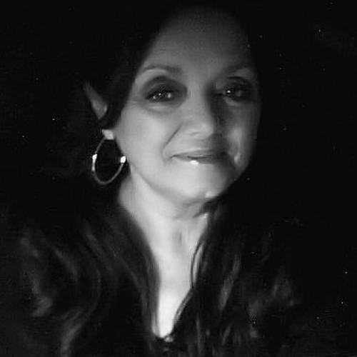 Bonnie Logan's avatar