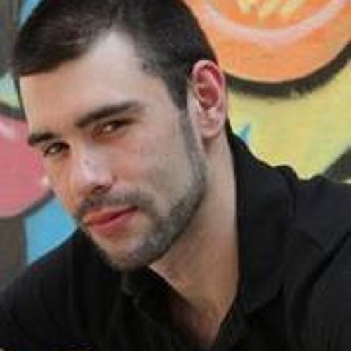 Dylan Cox 3's avatar