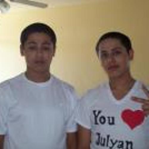 Julyan Sandoval's avatar
