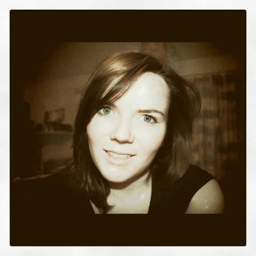 HannahEibhlin's avatar