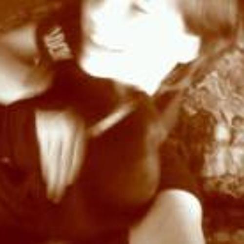 Alicia Bailey-Berzinis's avatar