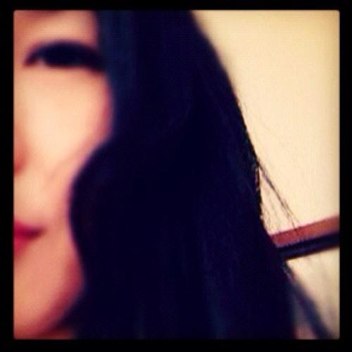 Mina Verzosa's avatar