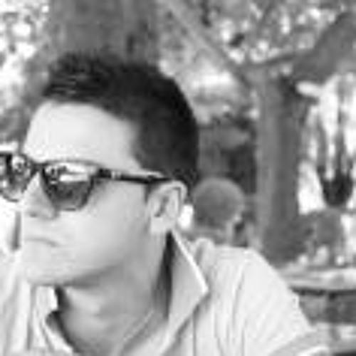 Chris Inov's avatar