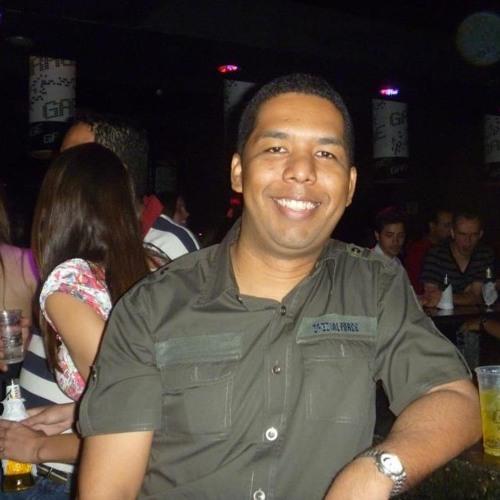 Edemilson Almeida's avatar