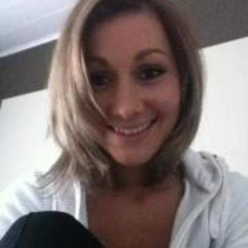 Adina Candic's avatar