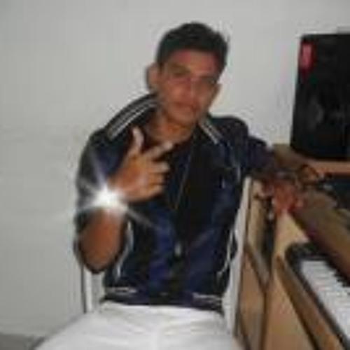 Jhosek Hernandez's avatar