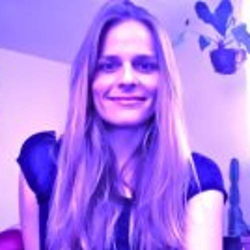 Aimee Moore's avatar