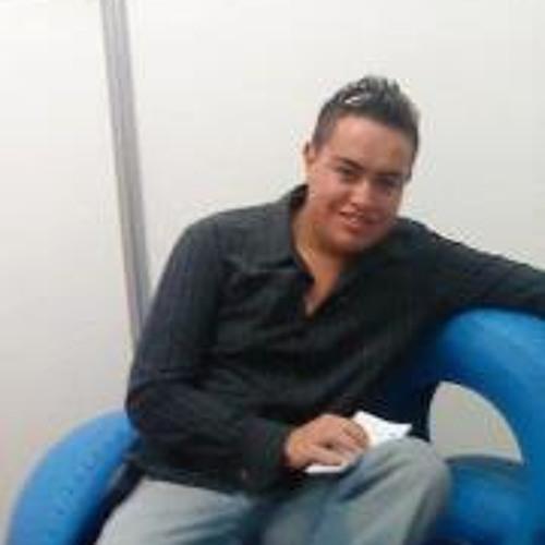 Eduardo Cabrera B's avatar