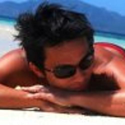 Rollyboy Fajilan's avatar