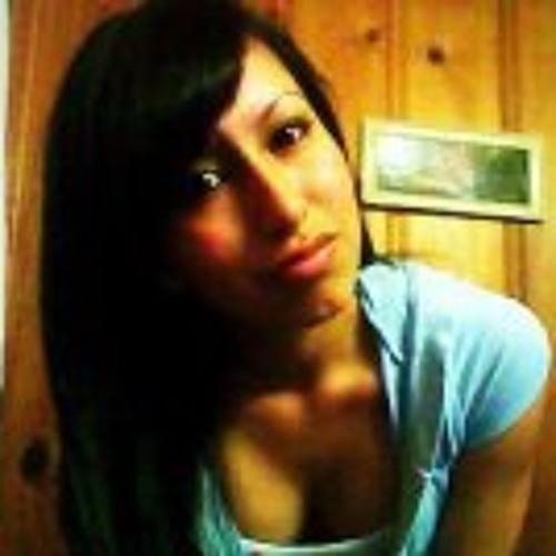 Karen Alcantara's avatar