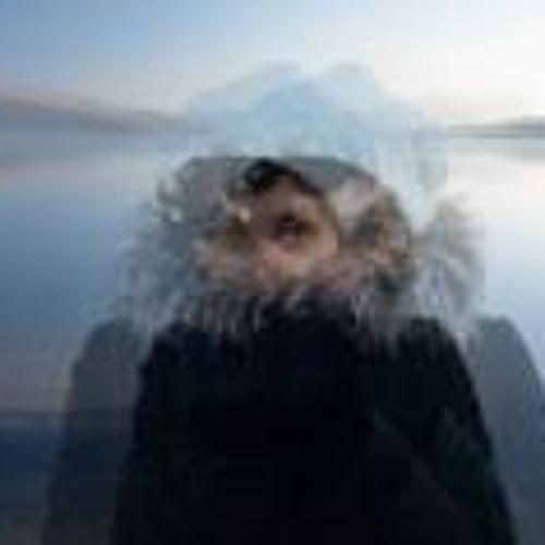 Saray Comuneka's avatar