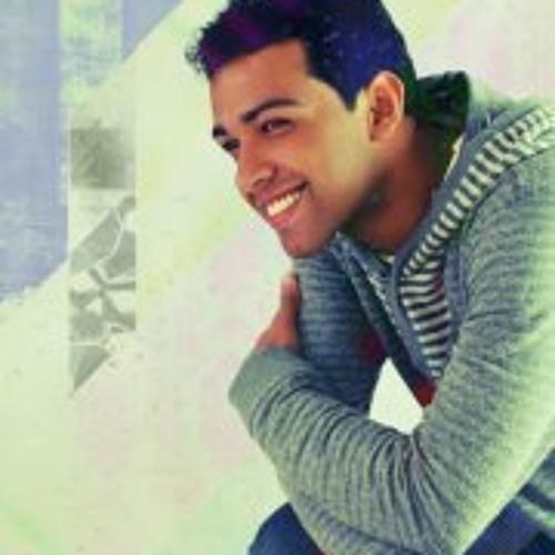 André Tavares's avatar
