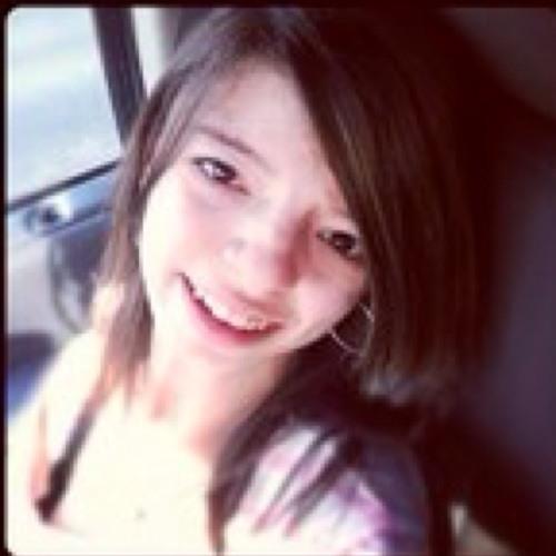 Claudia B3lla 16's avatar