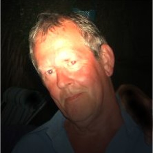www.charliemartin.biz's avatar
