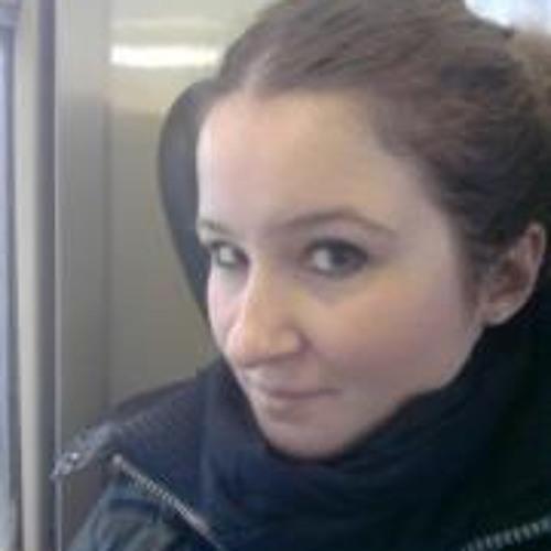 Flavia Corso's avatar