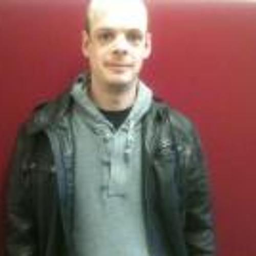 Robbie D C Yates's avatar