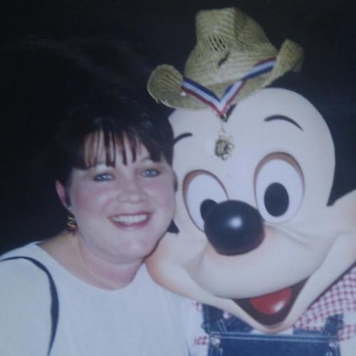 Denise Exton's avatar