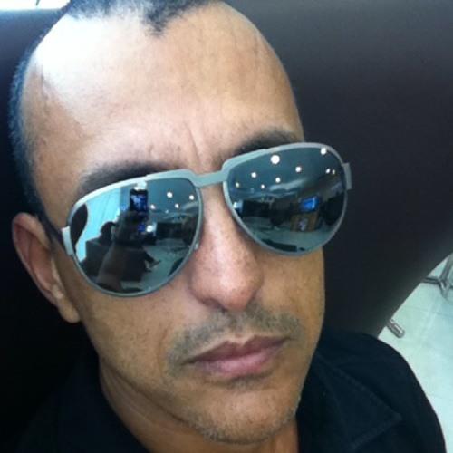 cdangeli's avatar