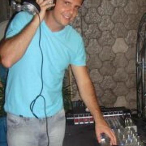 Paulo Xytake's avatar