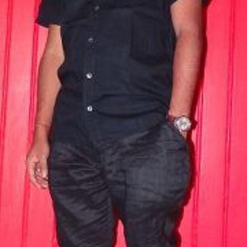 Basudeb Bhowmik's avatar