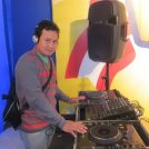 Djcesar Rivas Vivanco's avatar