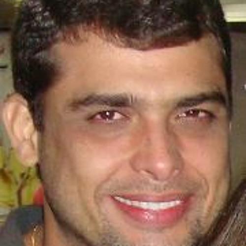 Fabio Teixeira Coriolano's avatar