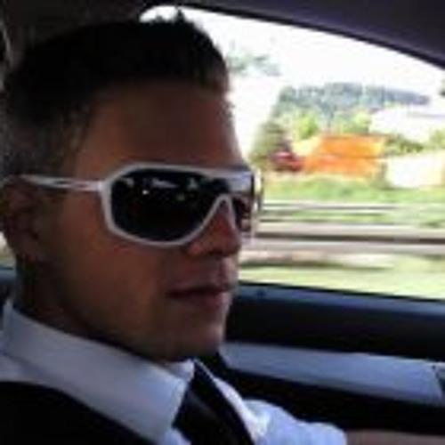 Flo Huber's avatar