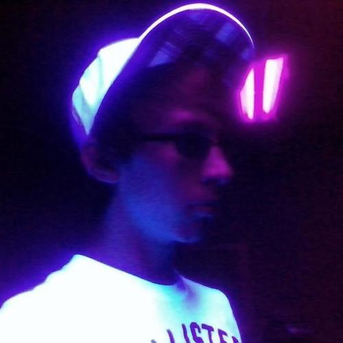 DJRavis's avatar
