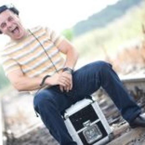 Lukáš Lucass Mayer's avatar