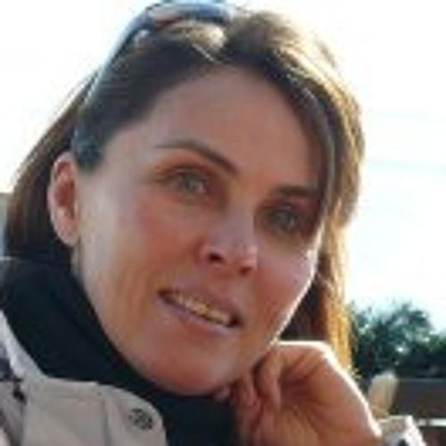Csilla Jaray-Benn's avatar