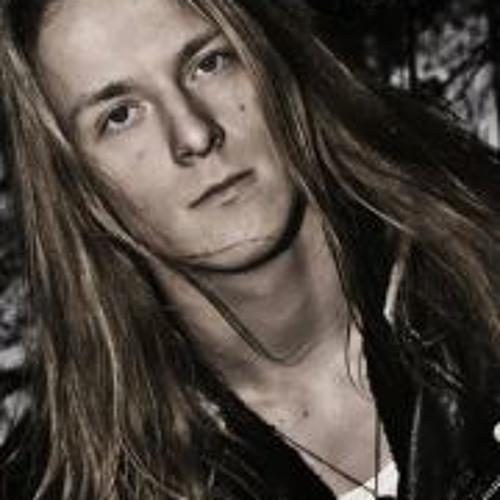 Victor Parri's avatar