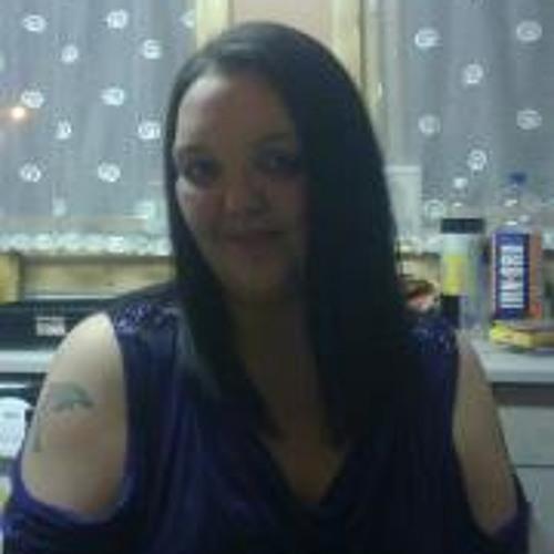 Sally Grant's avatar