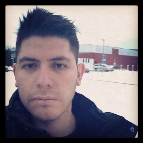 Victor Urbina Donoso's avatar