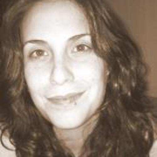 Renata Medeiros 1's avatar