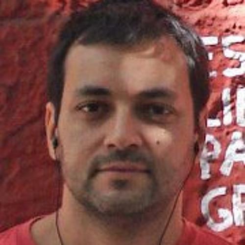 Renato Dias's avatar
