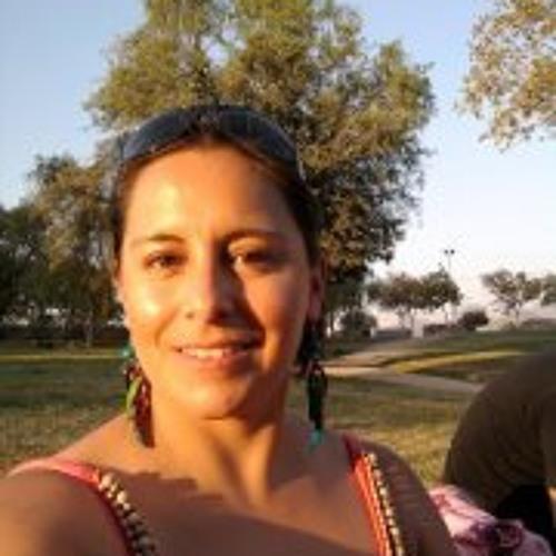 Mirtha Monica Paredes's avatar