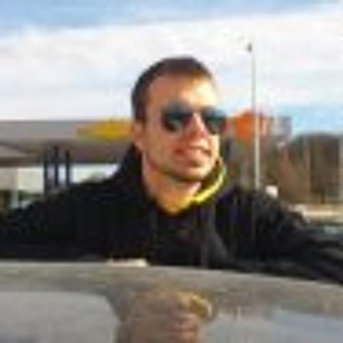 Hector Pazos's avatar
