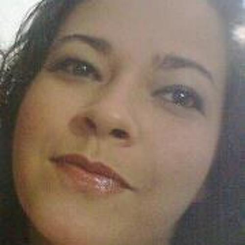 Gabriela Oliveira 2's avatar