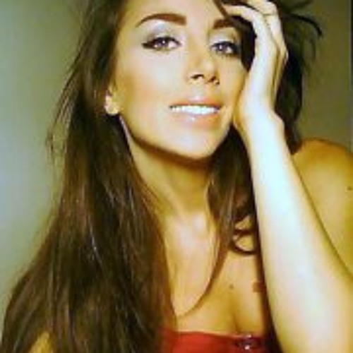 Lyn Al's avatar