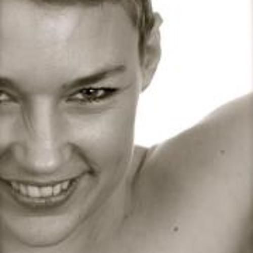 Tenja Poulsen's avatar